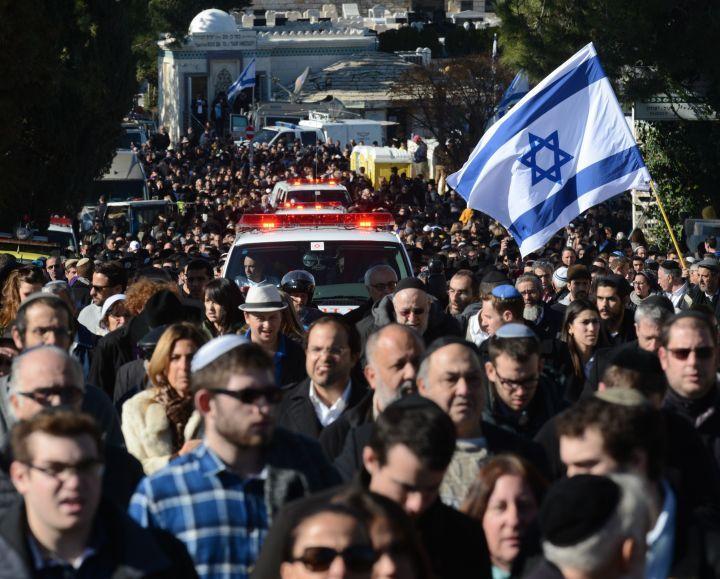 Attentats : le bouleversant témoignage des parents de Yoan Cohen - Le Parisien