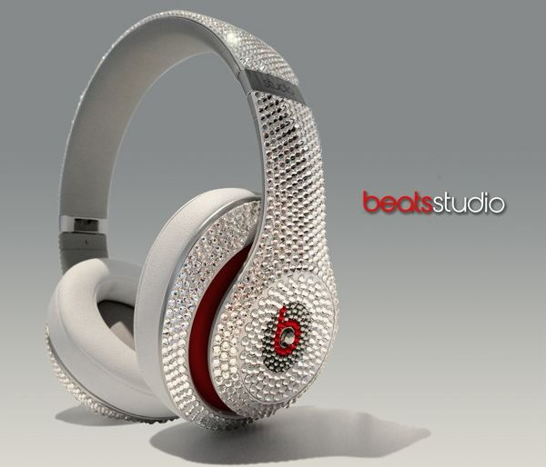 Music and bling combined with the Swarovski studded Beats Studio headphones