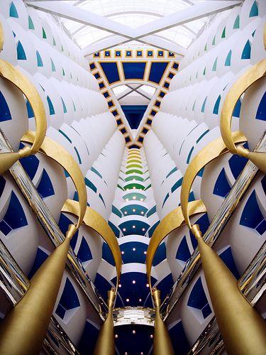 interior del hotel the Burj Al Arab, DubaiBurj Al Arabic, Architecture, Hotels Lobbies, Arabic Hotels, Dubai Islam Arabic, Dubai Hotels, Luxury Hotels, Worlduaedubaiburj Al, Hotels Dubai