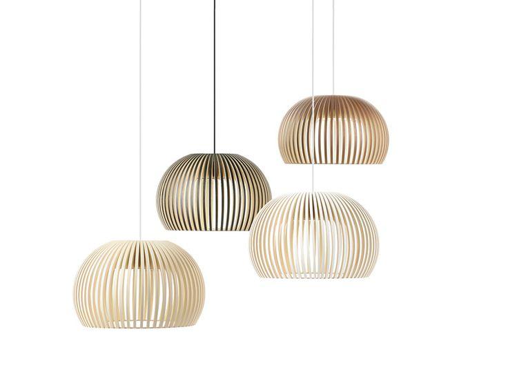 Do wykonania lampa Atto 5000 wymagana jest duża ilości pracy, za co jest chwalona przez architektów i specjalistów od oświetlenia. Wygląda ładnie pojedynczo oraz w grupie lamp.   Lampa Atto to hand-made z certyfikatem PEFC, wykonana z drewna brzozowego w Finlandii. Każdy egzemplarz to wysokiej jakości produkt wykonany przez wysoko wykwalifikowanych rzemieślników. Drewno brzozowe dodaje delikatnej jasności do wnętrz i atmosfery.