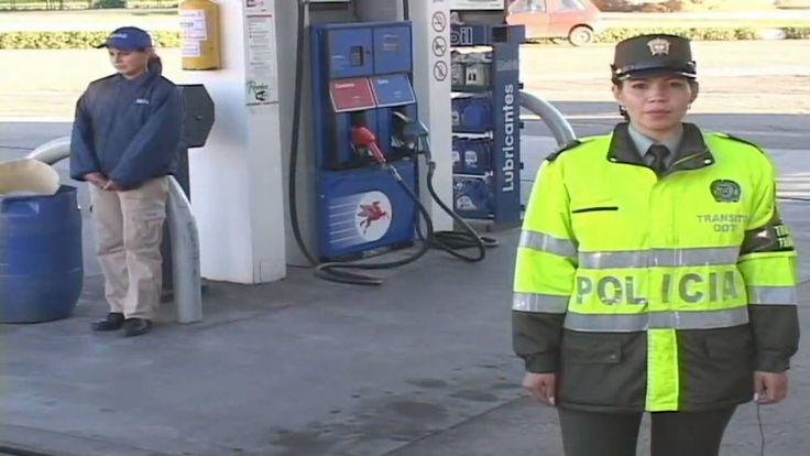 Precauciones de seguridad para el suministro de combustible de su vehícu...