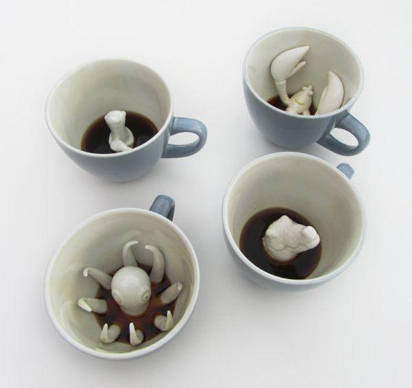 creature cup: Memorial Cups, Teas, Memorial Mugs, Coffee Cups, Creatures Cups, Kitchens Tools, Octopuses, Coffee Mugs, Memorial Mornings