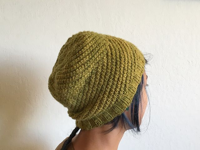 Ravelry: Reaching Vines pattern by Fog and String. Free