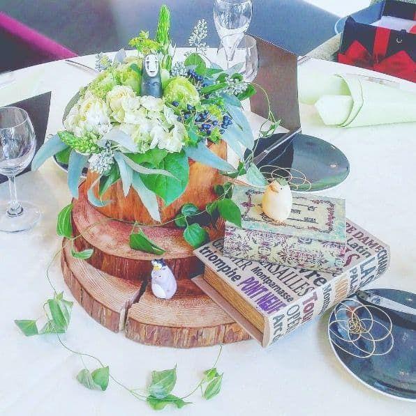 誰もが行ってみたい夢の世界 不思議な ジブリ ウェディング 結婚式 結婚式 テーブル テーブルコーディネート 結婚式