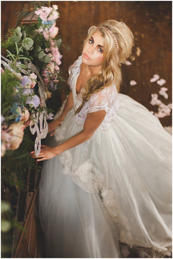 Messy fishtail wedding hair | Image by Candella Weddings