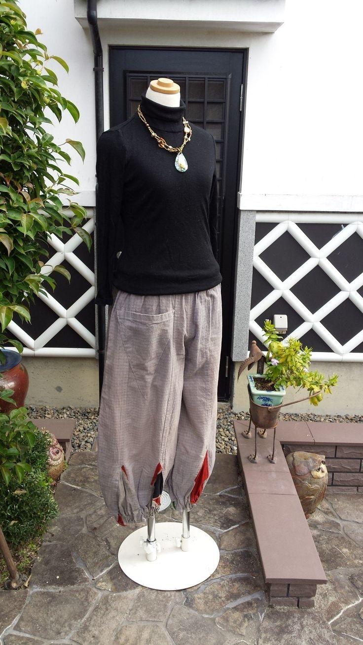 着物リメイク 古布 手作り 裾に旗(柿渋染め)パッチ パンツの画像3枚目