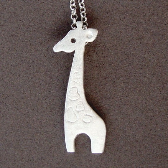 Giraffe Necklace - so cute!!
