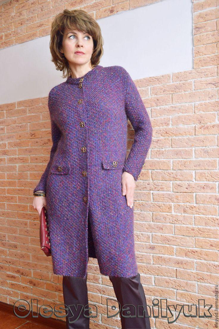 """Купить пальто """"А-ЛЯ СЮРТУК"""" - тёмно-фиолетовый, однотонный, деловой стиль, офисный стиль"""