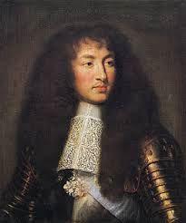 Lodewijk XIV ofwel de zonnekoning was een voorstander van de theorie droit devin ofwel het goddelijk recht het was een alleen heerser en vertrouwde de adel voor geen meter hij is geboren in Saint-Germain-En-Laye in 1638 en gestorven in Versailles in 1715 hij wilde alle delen van het feodalisme wegvagen van  frans grondgebied  hij maakte een groot paleis in Versailles waar hij z'n adel liet wonen hij haalde het geld van belasting die de burgers amper of zelf niet konden betalen hij misbruikte…