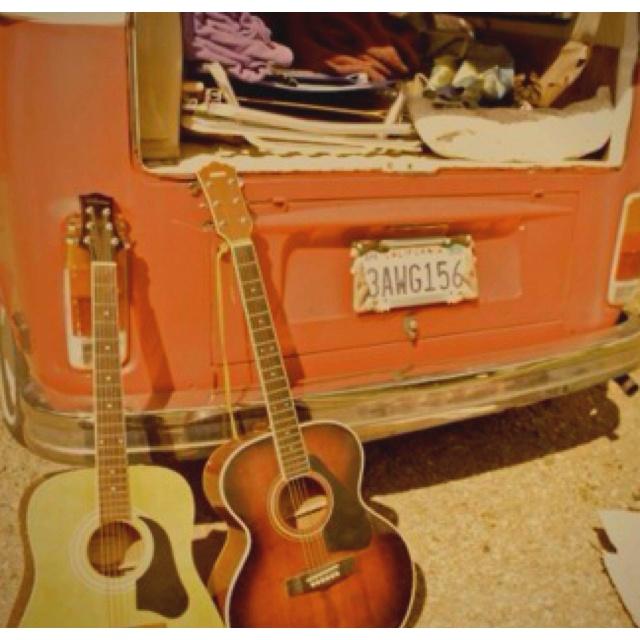 #travelling, #guitars, #van #byronbay