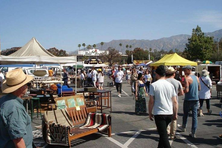 Best of California on a Budget:     BEST FLEA MARKET: ROSE BOWL FLEA MARKET, PASADENA:    Hosting more than 2,500 sellers and attracting more than 20,000 buyers each month, the Rose Bowl Flea Market in Pasadena has been  delighting crowds for 45 years running. The flea market is open on the second Sunday of every month.