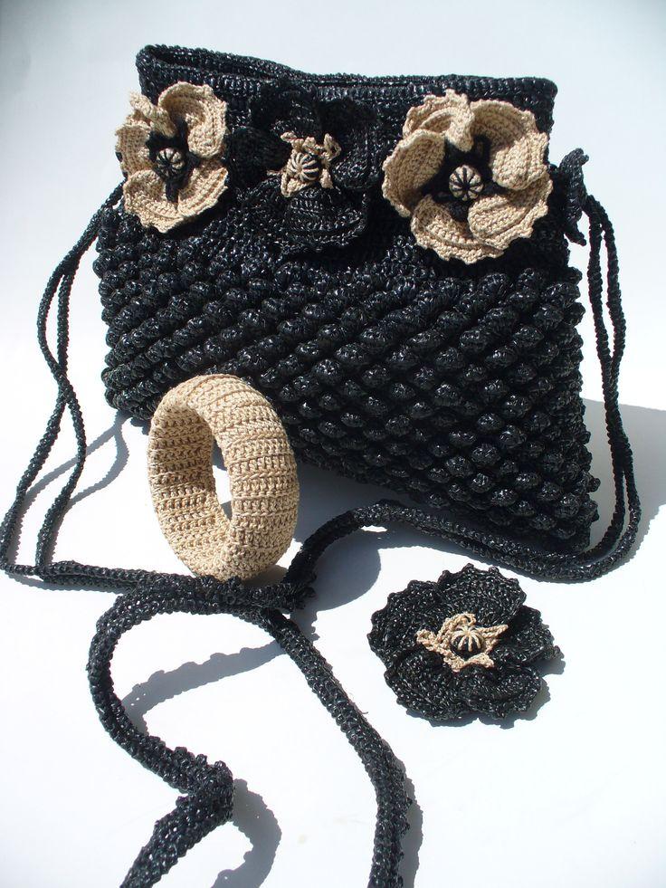 Black Bubbles and poppies Medium crochet purse