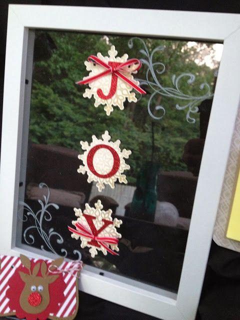 Linda Higgins: Christmas Frame as a DIY Christmas gift