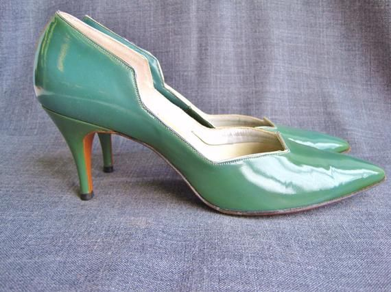 a7c524898c0e3 1950s Aqua and Silver Patent Tweedies Heels Size 7 1/2 N in 2019 ...