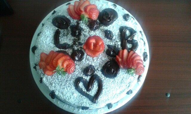 Torta de chocolate y fresa