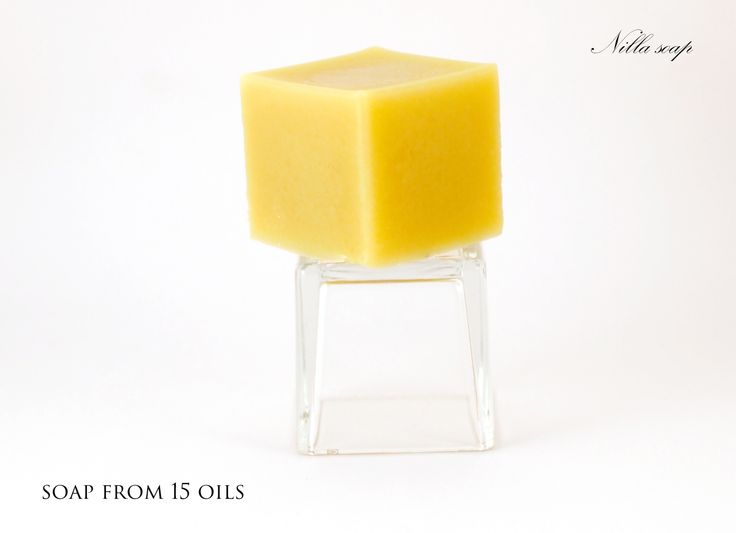 I have created a perfect soap using 15 oils. Count with me: palm, coconut, olive, sesame, sweet almond, castor, linseed, soybean, peanut, avocado, sunflower, hemp, grapeseed oli and shea butter.