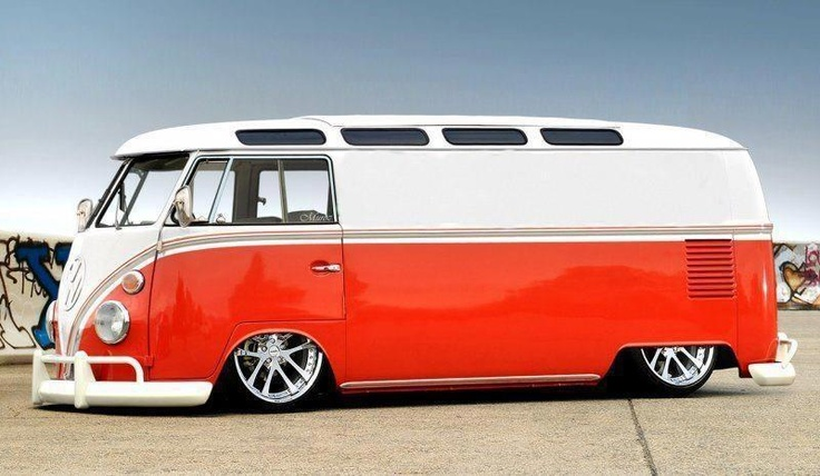 Red and white VW Bulli
