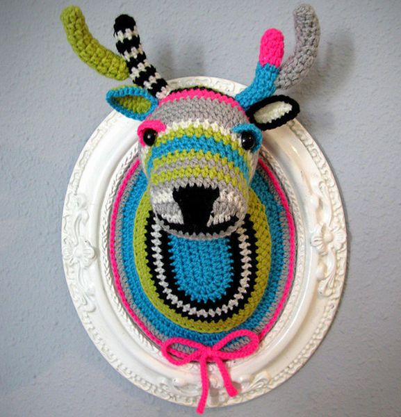 """Crocheted deer head, much better than a real dead thing on the wall."" @Hillary Massey @Courtney Massey Your dad should see these. Hahahaha"