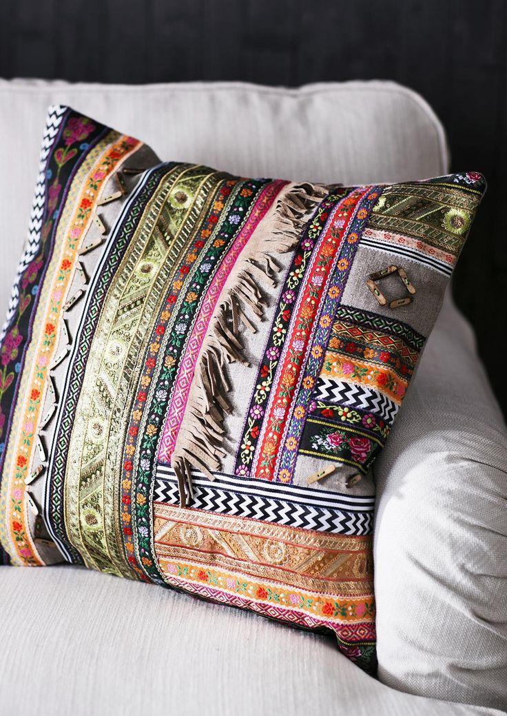 Ompele tyynynpäällinen koristenauhoista. Diy ethnic pillow case. | Unelmien Talo&Koti Toimittaja: Hanna Sandström Kuva: Satu Nyström
