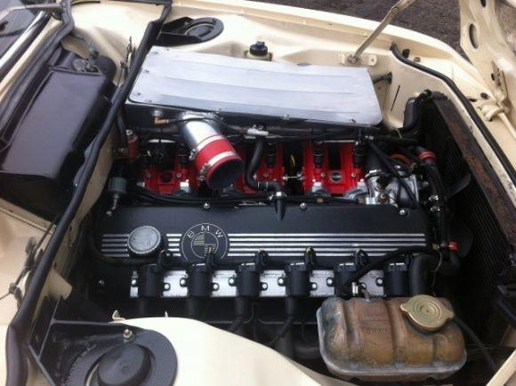 1973 BMW E9 30CS Coupe For Sale Engine