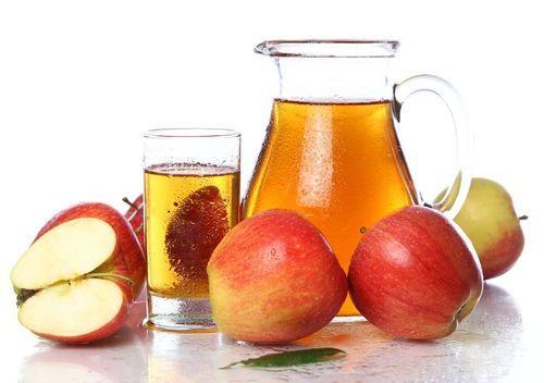 Jugo de manzana y limón