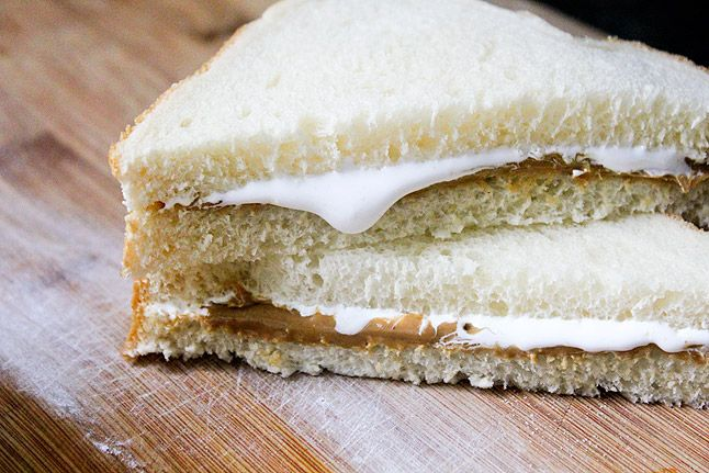 Drayco's idea of cooking is making toast or the classic fluffernutter sandwich with PB and marshmallow cream.