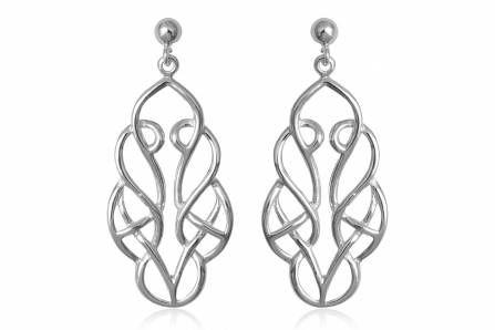Cercei lungi din argint cu lucratura sofisticata. http://www.lafemmecoquette.ro/cercei-lungi-din-argint-cu-model-oriental/