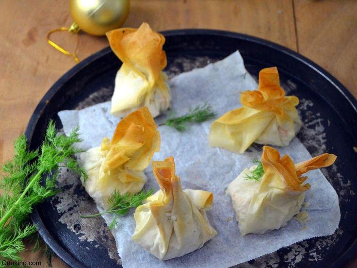 Unos bocados salados sensacionales: saquitos de pasta philo con salmón y queso crema