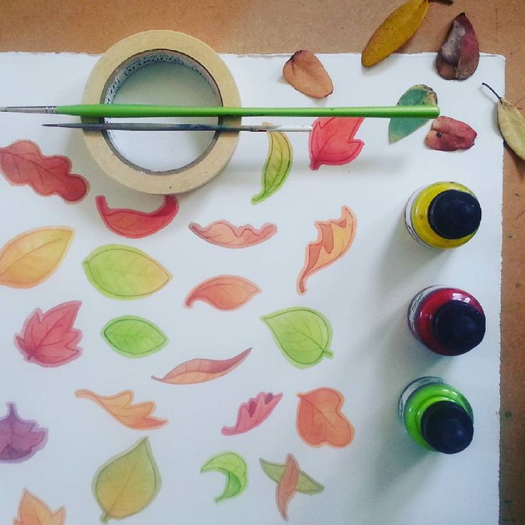 Autumn leaves in the fall have the most wonderful colours - perfect for a new set of artisan children's wall decals. Click to see more from our studio or repin for later