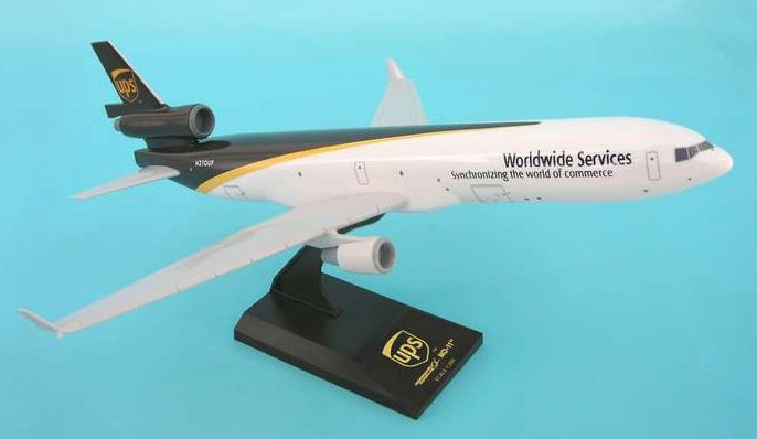 Skymarks United Parcel Service (UPS) McDonnell Douglas MD-11F 1/200 Plastic Model