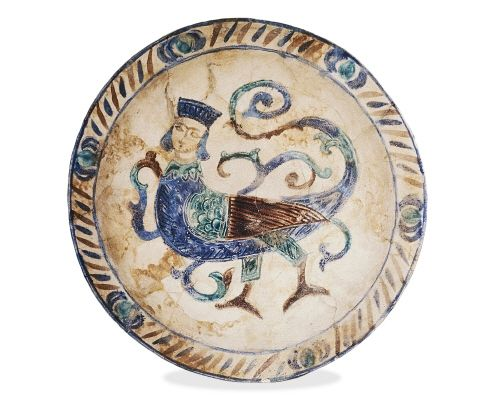 Stone-paste laqabi dish, decorated with a harpy