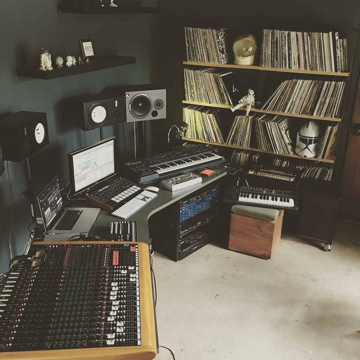 57 Best Production Gear Images On Pinterest: 25+ Best Ideas About Music Studio Room On Pinterest