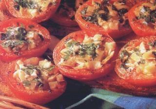 fırında sarımsaklı domates tarifi