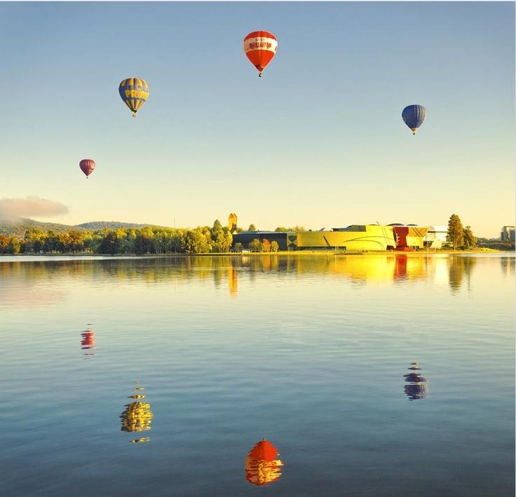 Reflections of Hot Air Ballons - #Mirror #Imaged #Reflected