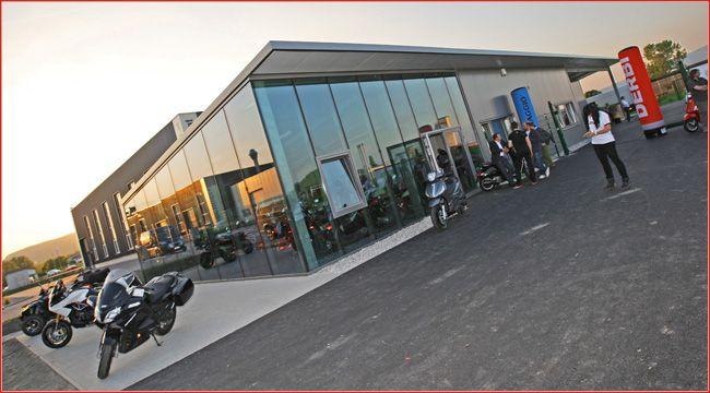 MotoBike Winkelmayer: Oster-Event am 2. und 3. April 2016 Statt Ostereiern sind Probefahrten, Aktions-Angebote und Benzingespräche angesagt auf dem Oster-Event am 2. und 3. April 2016 bei MotoBike Winkelmayer in Bad Vöslau http://www.atv-quad-magazin.com/aktuell/motobike-winkelmayer-oster-event-am-2-und-3-april-2016/ #Handel #Hausmesse #Probefahrt #Sonderangebot