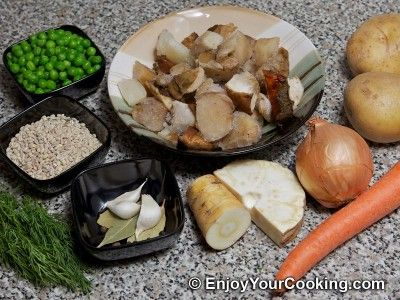 Russian Lenten Mushroom Soup Recipe: Step 1