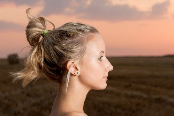 5 Cool Tricks That Can Give You Gorgeous Hair Overnight