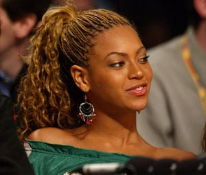 Pictures of Beyonce hairstyles, including updos, braids and long hairstyles: Beyonce's Braids