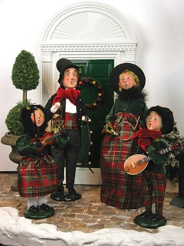 Family with Instruments Woman Byers Choice Carolers New for 2014 Specialty Families