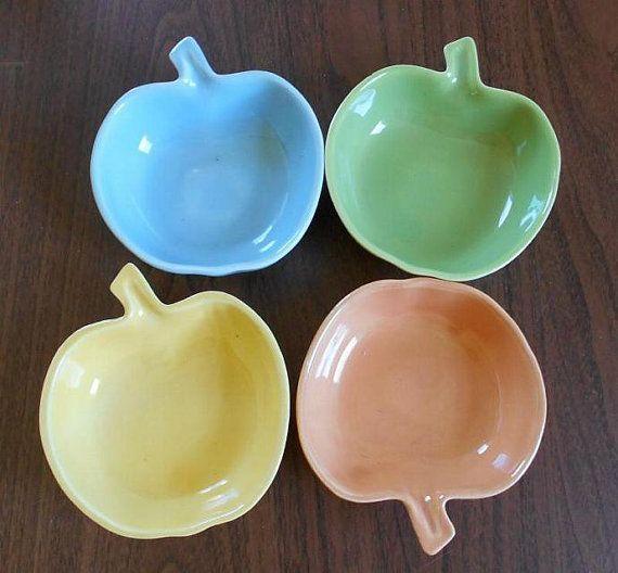 Apple serving bowls large bowl, small bowls, ceramic 1950s, salad bowls, set of four, kitsch bowls, multi color bowls
