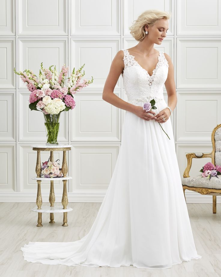 7211 | Romantic Bridals | Bridal Gowns and Prom Dresses |Toronto