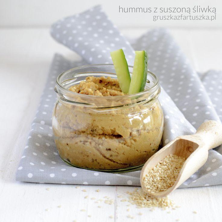 hummus z suszoną śliwką