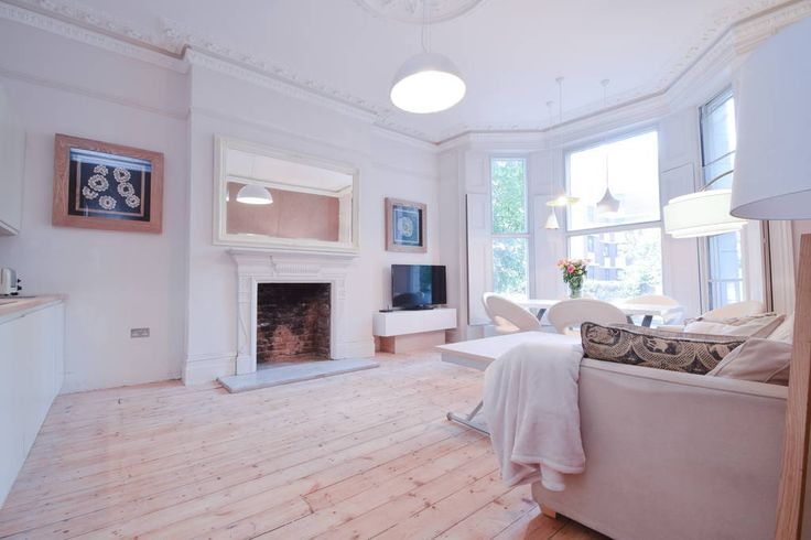 Check out this awesome listing on Airbnb: Luxury flat near Westfield, Olympia - Apartments for Rent in London - Get $25 credit with Airbnb if you sign up with this link http://www.airbnb.com/c/groberts22