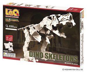 LaQ Dinosaur World Dino Skeletons- Skelett - Skelett är spännande! Dinosaurieskelett ännu mer spännande! Nu kan du bygga skelett av en T-Rex, en Triceratops eller en Pteranodon med 220 vita LaQ-byggbitarna. Från 5 år.