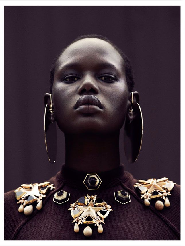 http://www.shorthaircutsforblackwomen.com/transitioning-to-natural-hair/ Ajak Deng - City Dweller - Obsession Magazine, 2012 Julia Noni Natural hair for black women - African beauty for #composition #motion