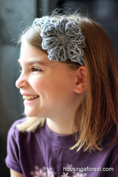 Finger Knitting Flowers : Best images about yarn crafts for kids on pinterest