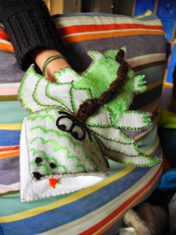 Voglio Una Mela Blu: Il drago di feltro - cucire una marionetta di feltro da un origami di carta - TUTORIAL