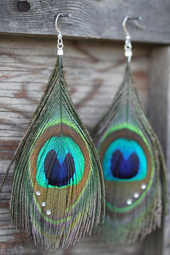 Peacock Feather Earrings... I need a pair for summer to complete my boho look!! soo cute