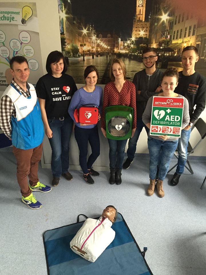 Another Decathlon Polska branche is now heart-safe after a training and installation of Philips defibrillator in our Swift indoor cabinet!