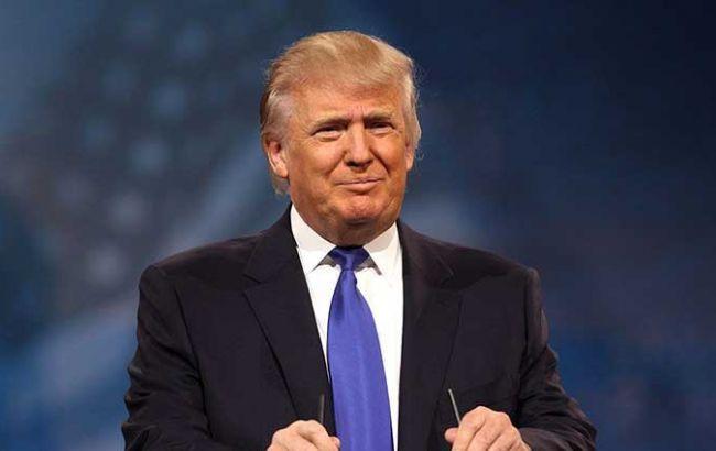 """Дональд Трамп связывает обвинения в кибератаках с проигрышем Клинтон на выборах Избранный президент Соединенных Штатов Америки Дональд Трамп считает обвинения России в кибератаках со стороны действующей администрации """"охотой на ведьм"""".         Об этом он заявил в интервью The New York Times"""